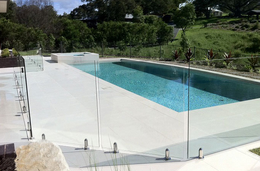 The Benefits of Glass Pool Fencing